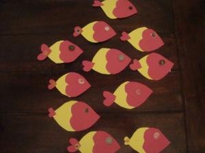 Kokonainen parvi kalakortteja